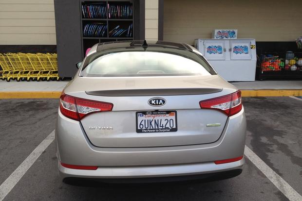 2012 Kia Optima Hybrid: Infinity Sound System featured image large thumb4