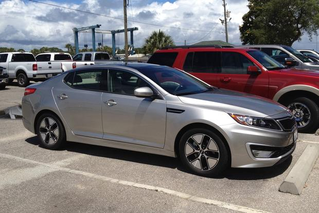 2012 Kia Optima Hybrid: Should You Opt For The Hybrid? Featured Image Large  Thumb5