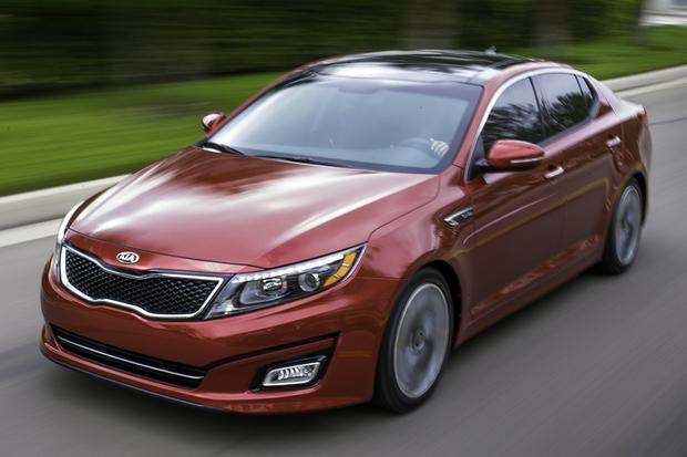2013 vs. 2014 Kia Optima: What's the Difference? featured image large thumb0
