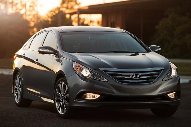 2014 Kia Optima vs. 2014 Hyundai Sonata: What's the Difference? featured image large thumb5