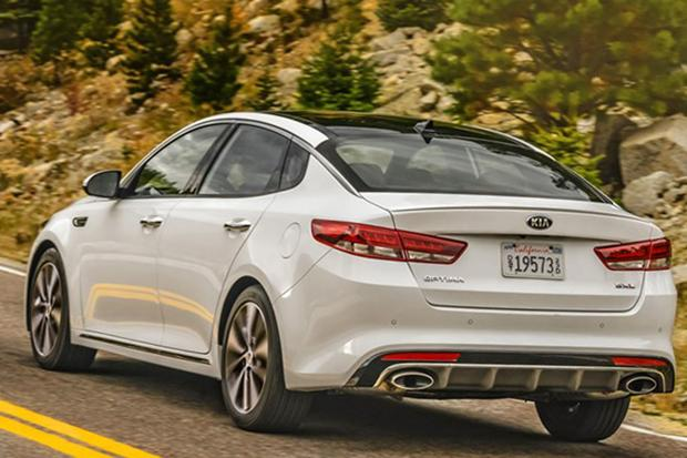 2016 Kia Optima: New Car Review featured image large thumb5