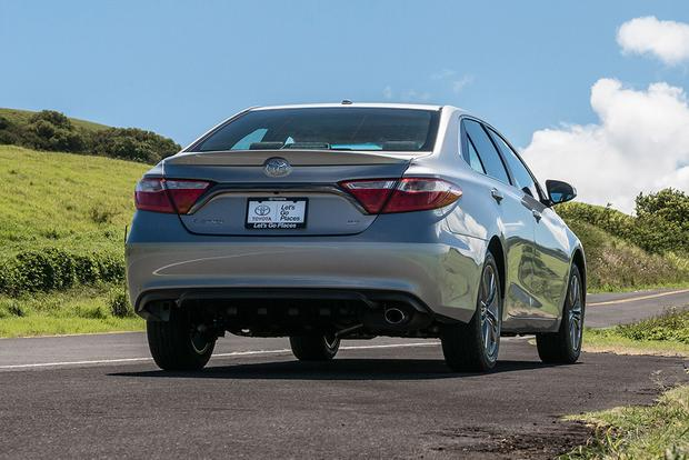 2016 Kia Optima vs. 2016 Toyota Camry: Which Is Better? featured image large thumb5