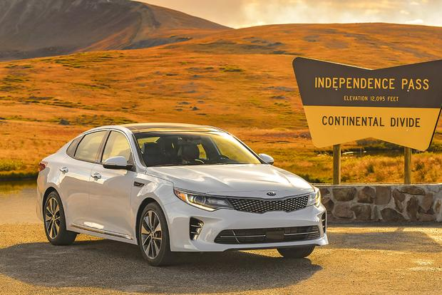 2017 Kia Optima New Car Review Featured Image Large Thumb1