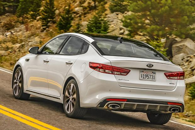 2017 Kia Optima New Car Review Featured Image Large Thumb2