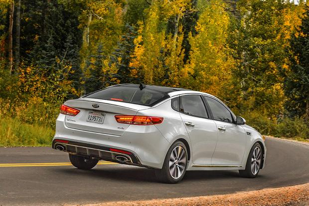 2017 Kia Optima New Car Review Featured Image Large Thumb3