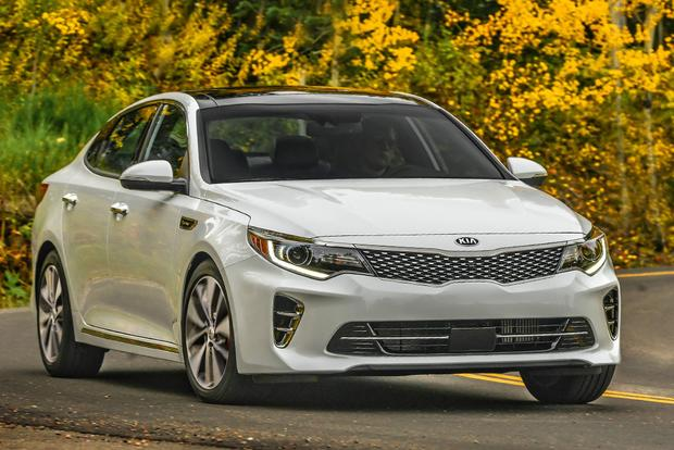 2018 Kia Optima: New Car Review featured image large thumb0