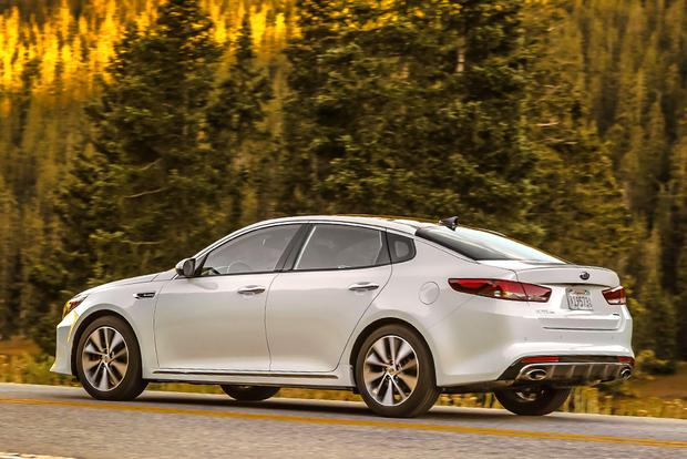 2018 Kia Optima New Car Review Featured Image Large Thumb2