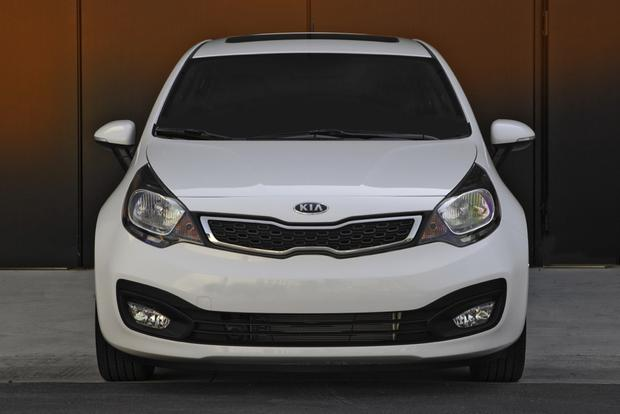 2013 Kia Rio: New Car Review featured image large thumb4