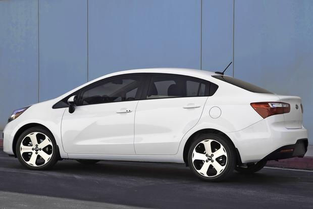 2014 Kia Rio: New Car Review featured image large thumb0