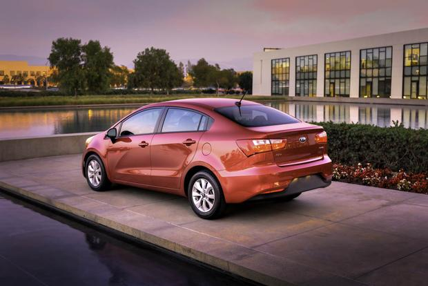 2017 Kia Rio: New Car Review featured image large thumb3
