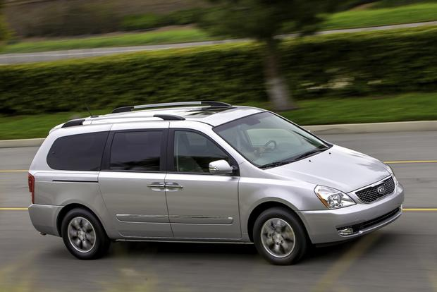 2014 Kia Sedona: New Car Review featured image large thumb2