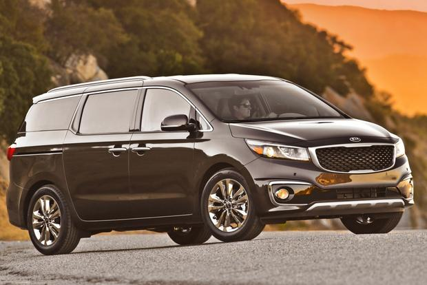 2015 Kia Sedona: New Car Review featured image large thumb6