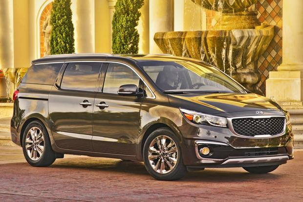 2015 Kia Sedona: New Car Review featured image large thumb8