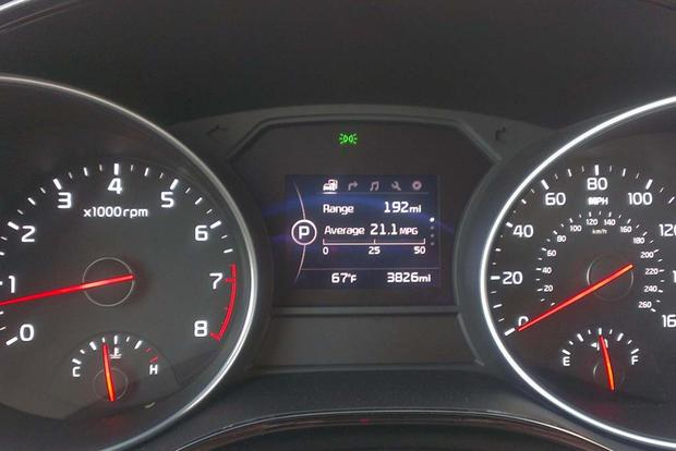 2015 Kia Sedona: Fuel Economy featured image large thumb4