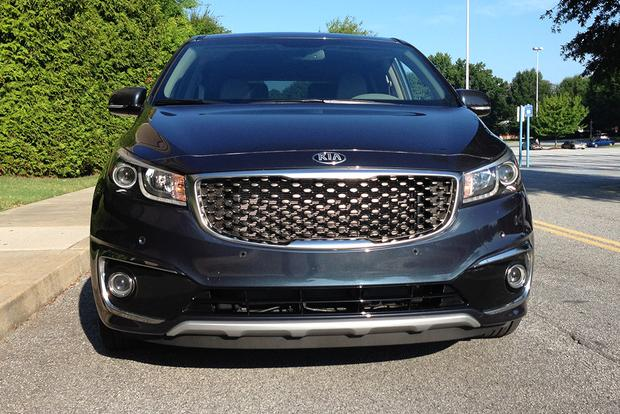 2015 Kia Sedona: Wide Berth