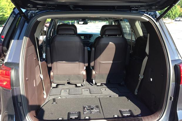 2015 Kia Sedona: Practicality Problems? featured image large thumb3