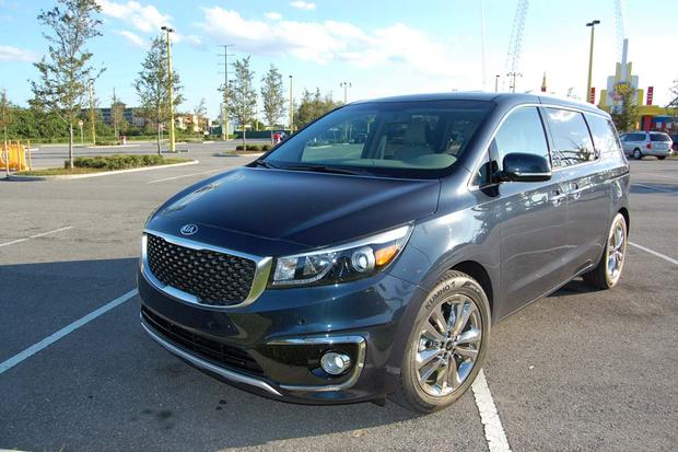 2015 Kia Sedona: Little Conveniences featured image large thumb1