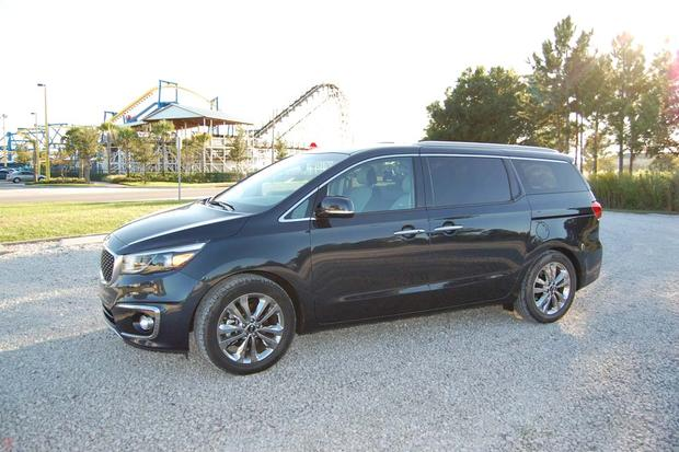 2015 Kia Sedona: Road Warrior featured image large thumb1