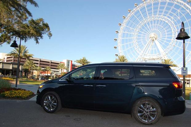 2015 Kia Sedona: Quirky Drawbacks