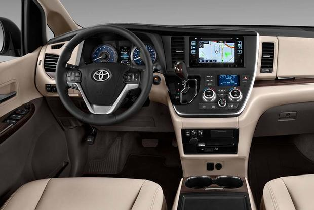 2016 Kia Sedona vs. 2016 Toyota Sienna: Which Is Better? featured image large thumb8