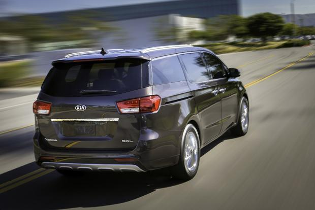 2018 Kia Sedona: New Car Review featured image large thumb5