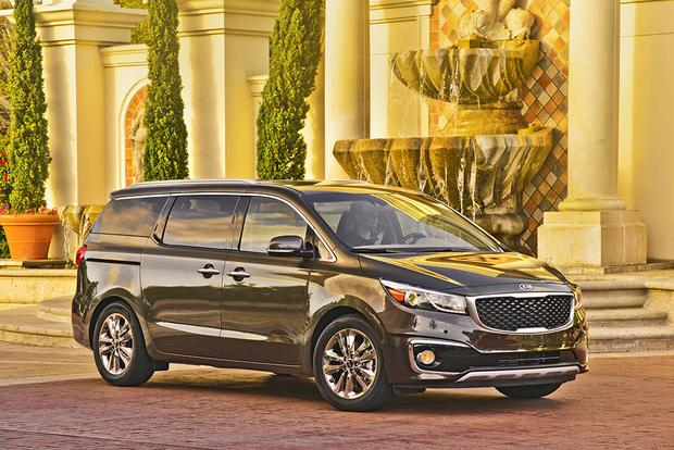 2018 Kia Sedona: New Car Review featured image large thumb0