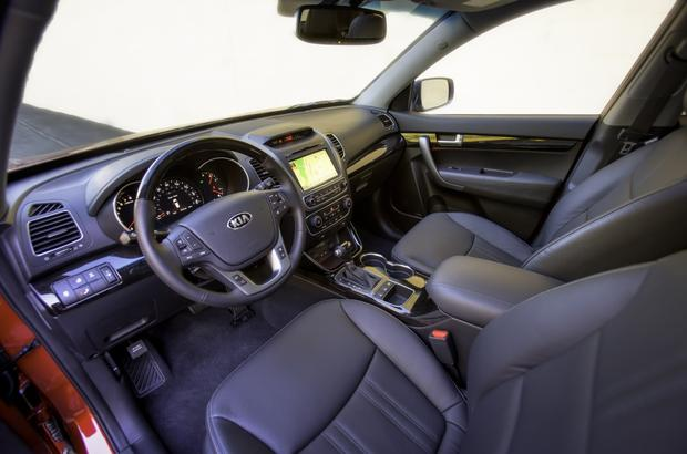 2013 Kia Sorento: Used Car Review featured image large thumb4