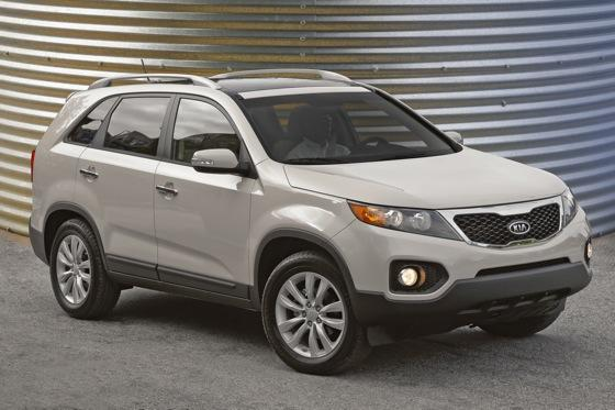 2013 Kia Sorento: New Car Review featured image large thumb0