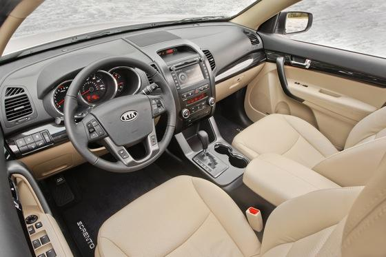 2013 Kia Sorento: New Car Review featured image large thumb30