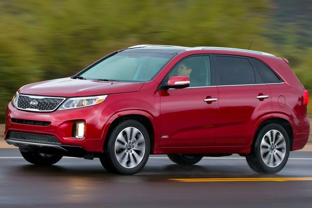 2014 Kia Sorento SX: Driving It Like We Stole It featured image large thumb1