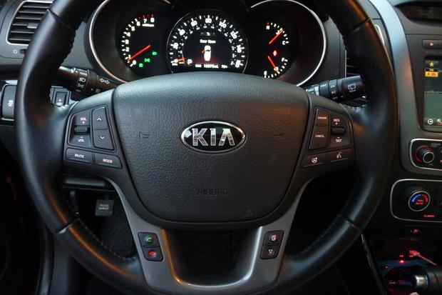 2014 Kia Sorento SX: Passenger Life featured image large thumb0