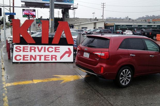 2014 Kia Sorento SX: The Service Experience featured image large thumb0