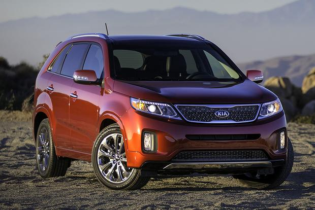 2015 vs. 2016 Kia Sorento: What's the Difference? featured image large thumb12