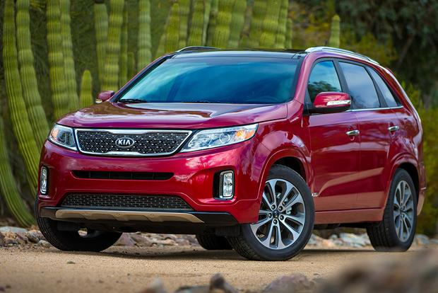 2015 vs. 2016 Kia Sorento: What's the Difference? featured image large thumb9