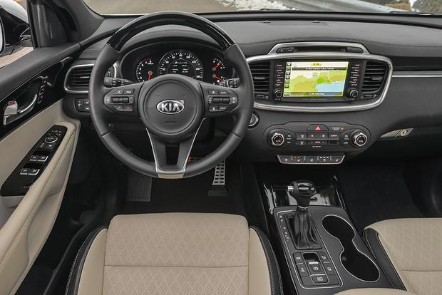 2017 Kia Sorento: New Car Review featured image large thumb5