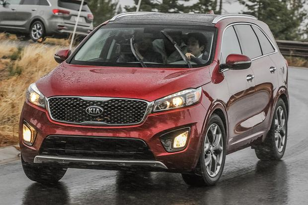 2017 Kia Sorento: New Car Review featured image large thumb8