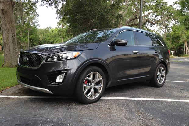 2017 Kia Sorento SX: Practical and Attractive featured image large thumb2