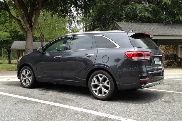 2017 Kia Sorento SX: Practical and Attractive featured image large thumb4