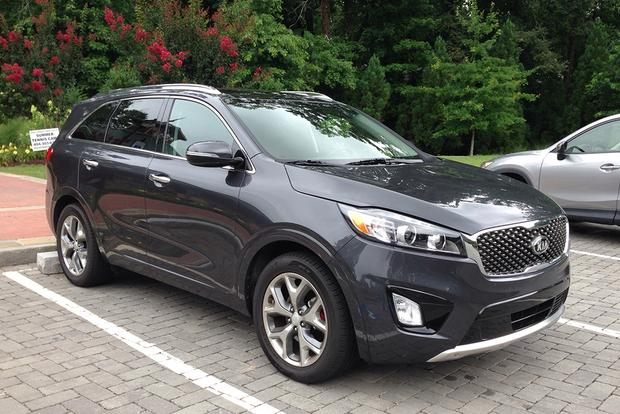 2017 Kia Sorento: Darn Good featured image large thumb0