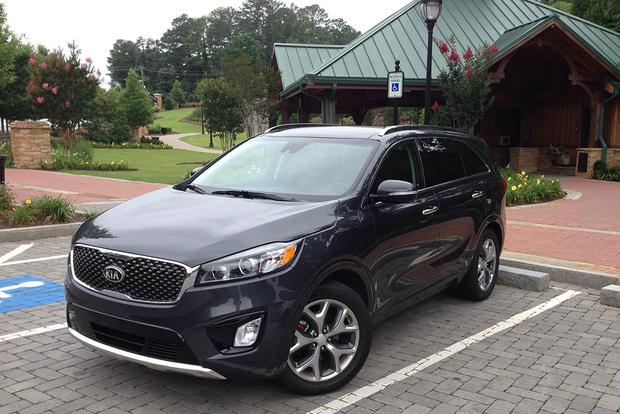 2017 Kia Sorento: Darn Good featured image large thumb1