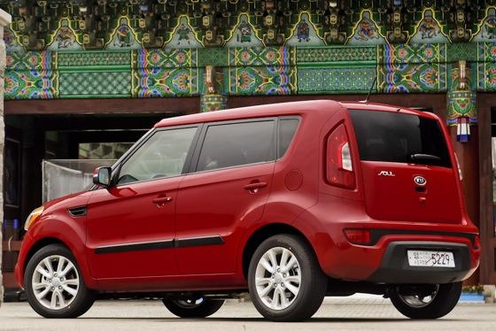 2012 Kia Soul: New Car Review featured image large thumb2