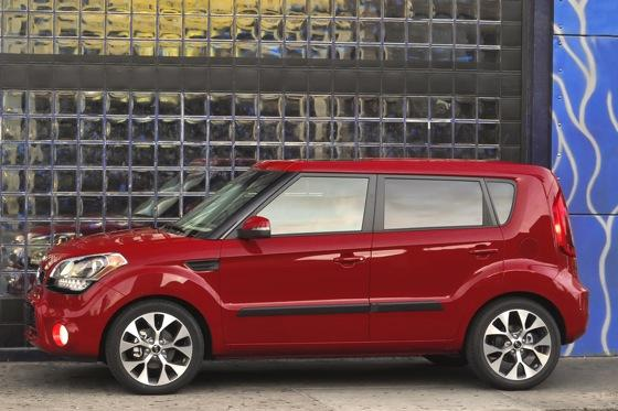 2012 Kia Soul: New Car Review featured image large thumb4