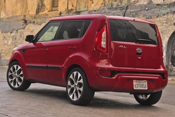 2012 Kia Soul: New Car Review featured image large thumb8