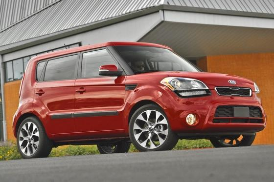 2012 Kia Soul: New Car Review featured image large thumb16