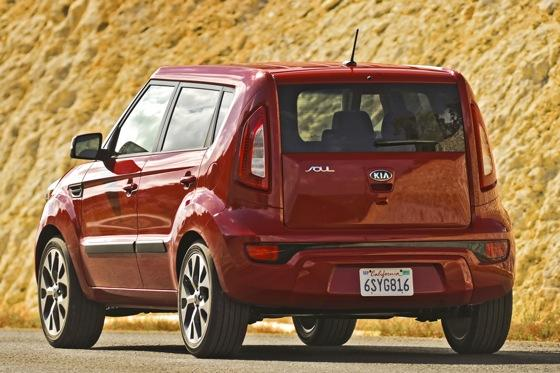 2012 Kia Soul: New Car Review featured image large thumb18
