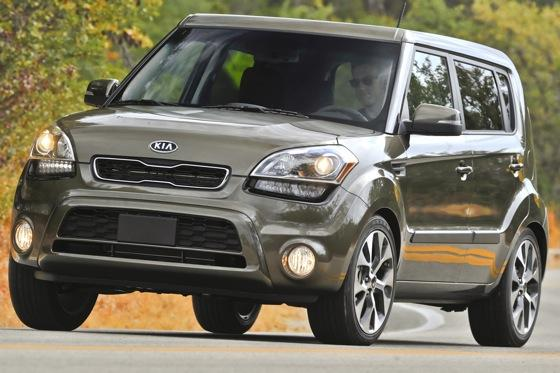 2012 Kia Soul: New Car Review featured image large thumb27