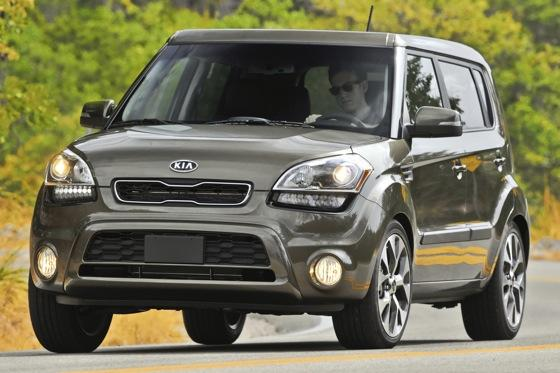 2012 Kia Soul: New Car Review featured image large thumb29