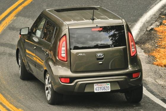 2013 Kia Soul: New Car Review featured image large thumb33