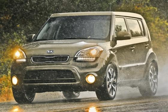 2012 Kia Soul: New Car Review featured image large thumb35