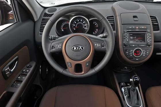 2013 Kia Soul: New Car Review featured image large thumb40